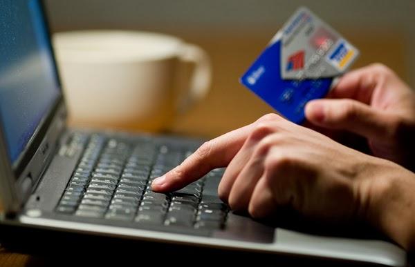 """Bạn có sợ bị """"mất tiền oan"""" khi đặt vé online?"""