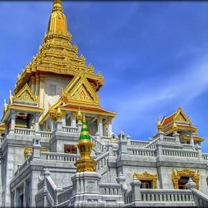Cách đi thăm chùa Vàng Wat Traimit ở Bangkok