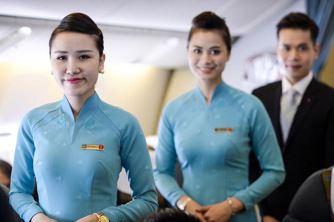 đồng phục tiếp viên Vietnam Airlines