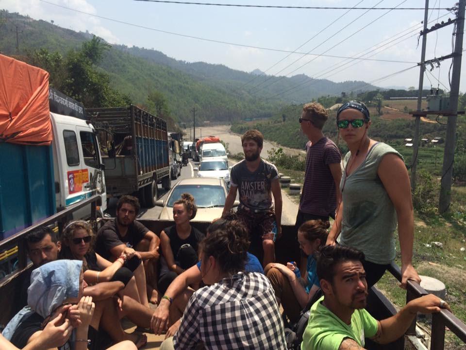 kinh nghiem du lich va tinh nguyen nepal